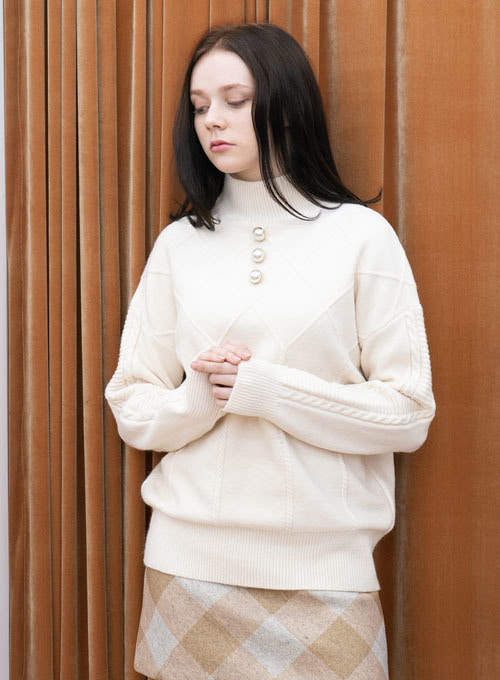 Ana Ivory Pearl Wool Knit