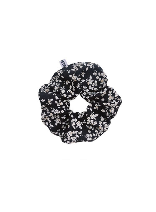 Brynlee Black Hair Scrunchie